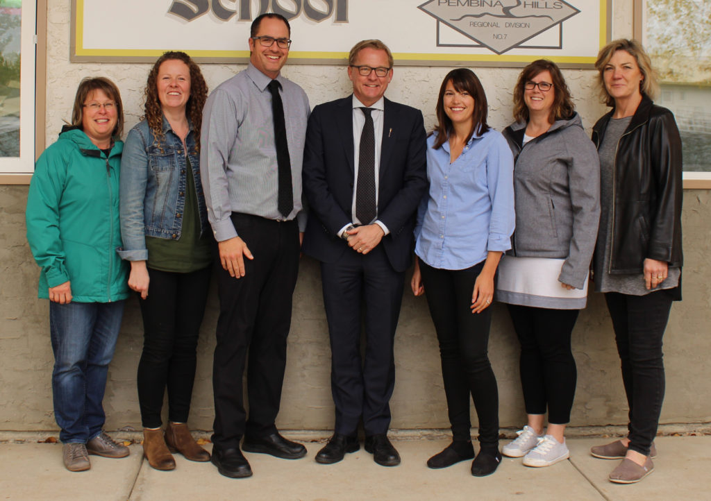 Minister Eggen with Sunny Bend Colony School staff